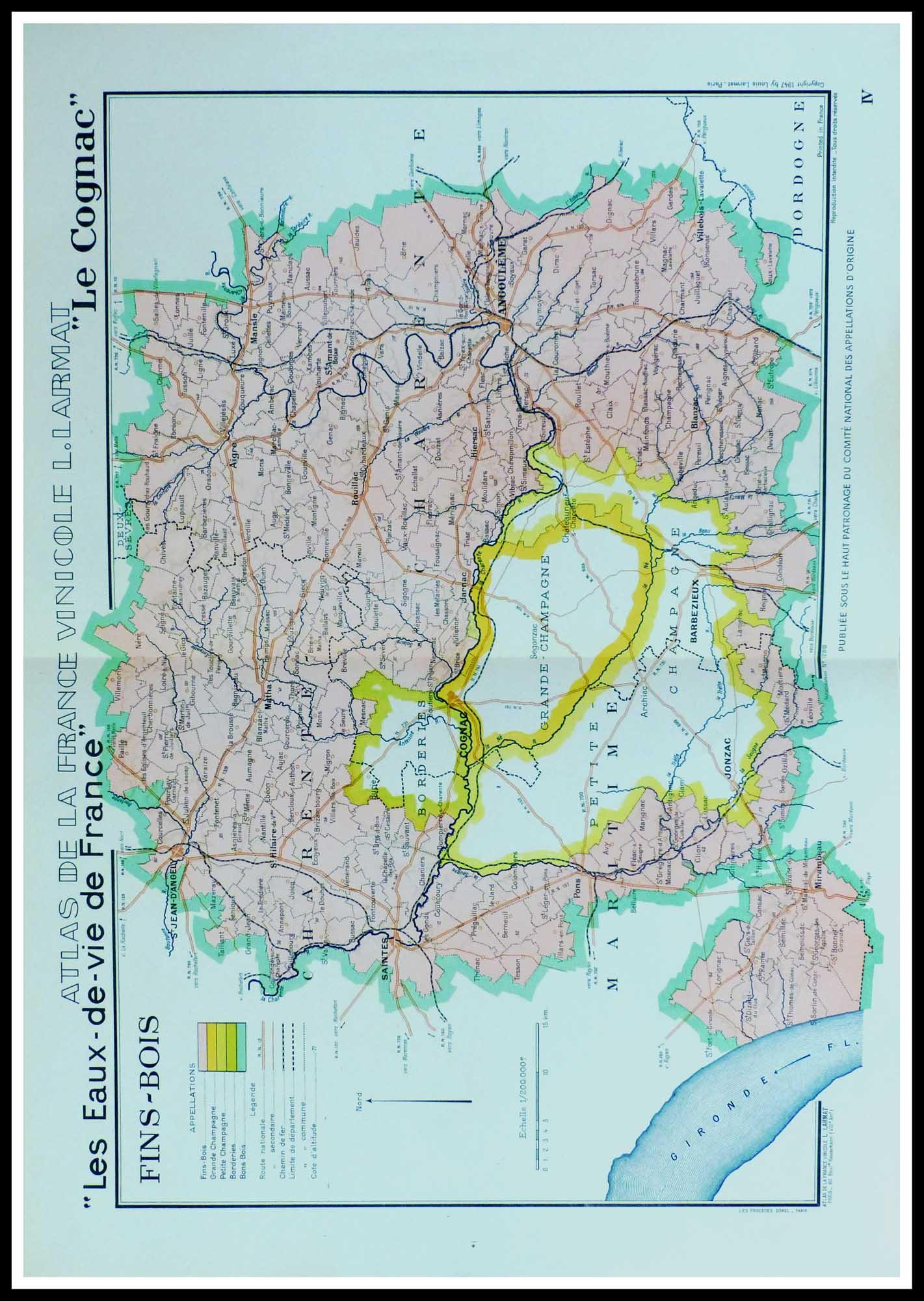 """(alt=""""original french wine maps Atlas Vinicole de France les eaux de vie de France COGNAC Fins Bois Louis LARMAT 1942"""")"""