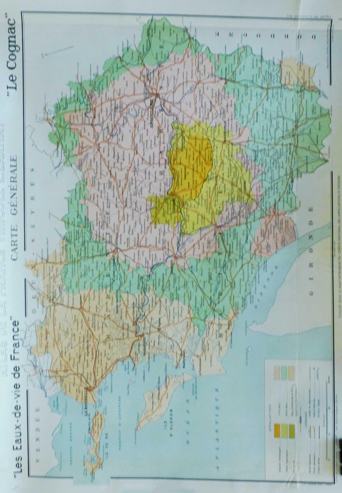 """(alt=""""original vintage french wine maps COGNAC Louis LARMAT 1942"""")"""